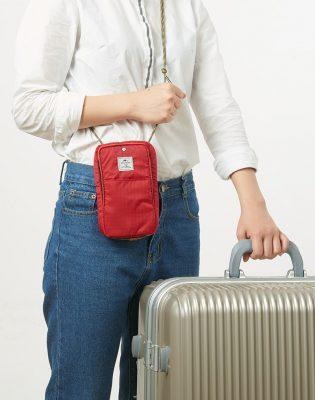 túi đựng passport có dây đeo cổ NatureHike NH17X010-B-10