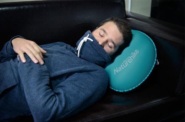 gối ngủ thổi hơi NH17T013-Z
